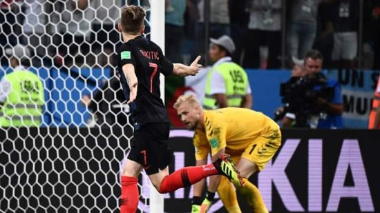rakitic-croatia-shootout-winner-denmark