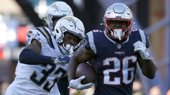 chargers-patriots-football